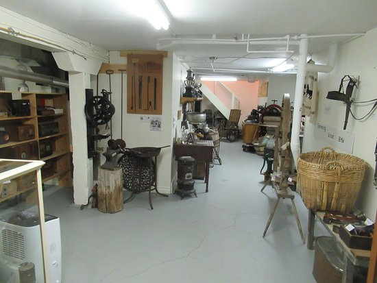 ‪‪Neepawa‬, كندا: Basement exhibits‬