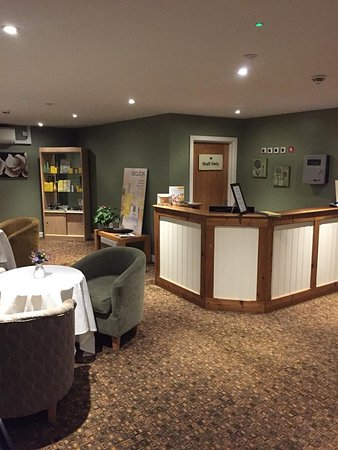 Mulberry Spa at Heacham Manor: Mulberry Spa Reception