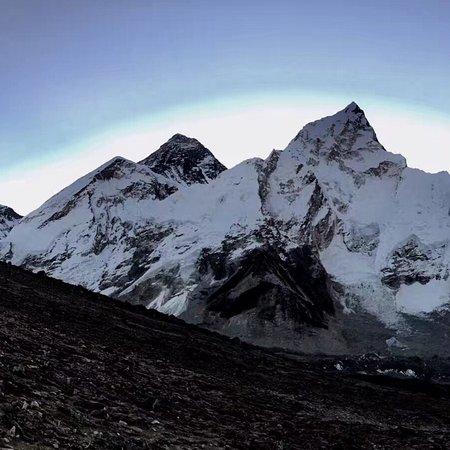 Everest Himalaya Treks