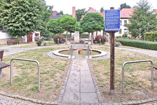 Bad Bibra, Germany: Blick aufs Kneippsche Tretbecken (Juni 2018)