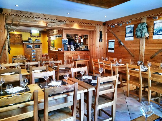 La Carline: Salle du restaurant