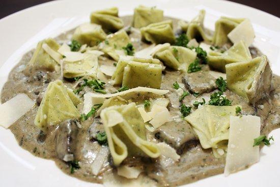 Harris, ميتشجان: Mushroom Pesto Gocce