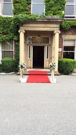 Farington, UK: Main Entrance