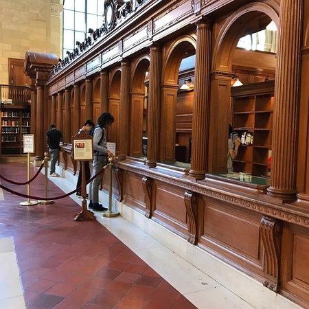 Фотография New York Public Library