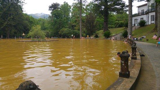 Parque Terra Nostra: the pool