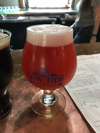 Low Tide Brewing: Framboise Sour