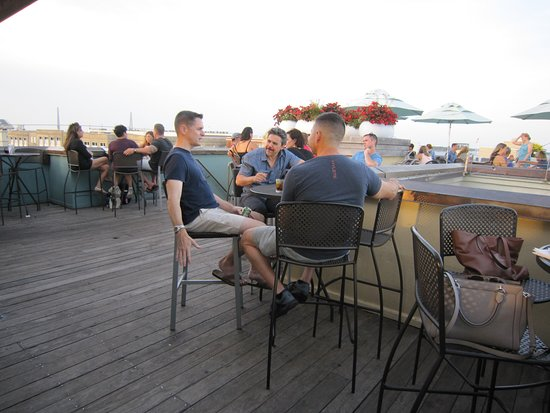 The Rooftop @ The Vendue: Roof seating