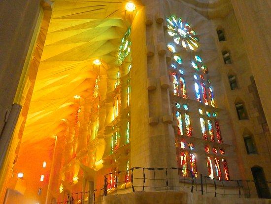 Храм Святого Семейства: Sagrada Familia