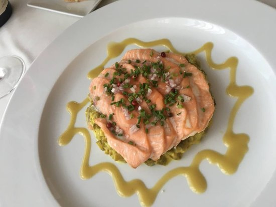 Pontaubert, Francia: Filé de salmão
