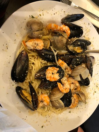 Oceanside Beach Bar and Grill: seafood