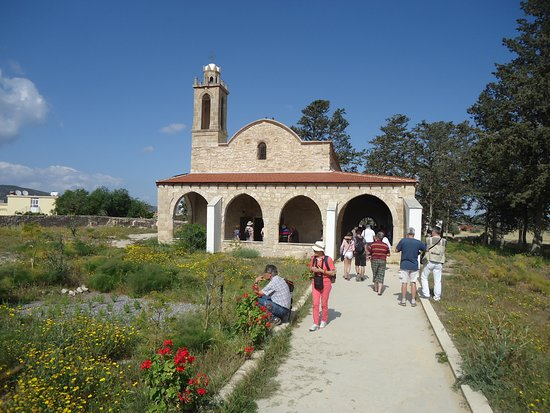 Buyukkonuk, Chypre : General view of Agios Afksentios Chirch