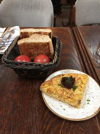 El Nacional: Flat bread and tortilla