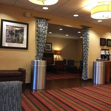 Hampton Inn by Hilton Joliet I-80: lobby