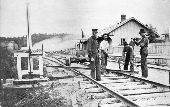 c. 1978 the railway came to Haliburton. In the background you see our building, former station.