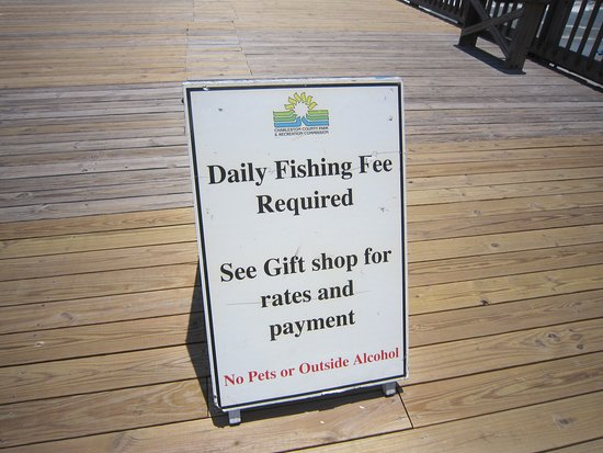 Folly Beach Fishing Pier: Fishing license required