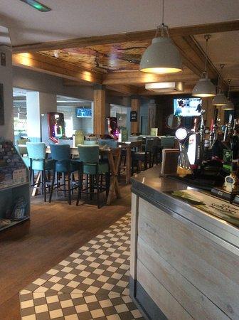 The Tullie Inn: Bar area.