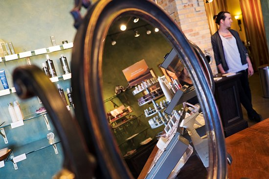 Lawrence's most elegant salon & spa providing Aveda cruelty-free products