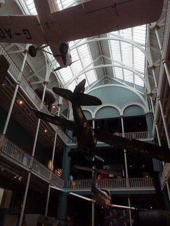 متحف اسكتلندا الوطني: National museum of Scotland