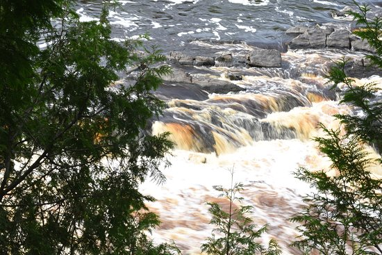 Jay Cooke State Park: Down the River Trail