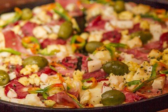 Pizzaria Serra Nostra: Pizza!