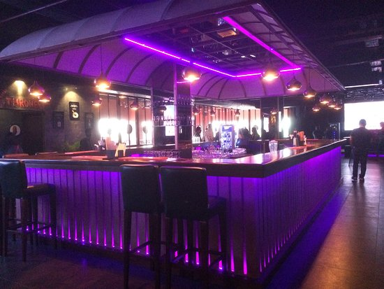 Club Tito's Noida