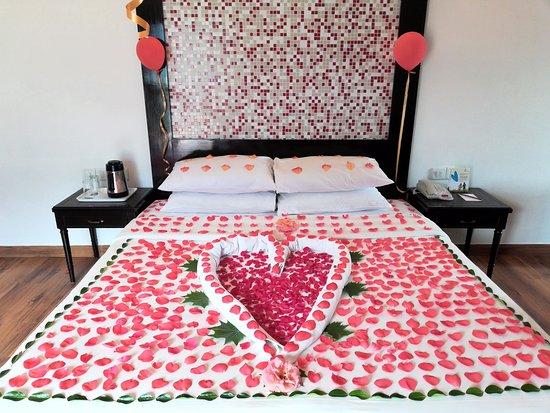Club Mahindra Manali: special decoration for my anniversary