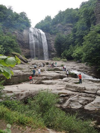 Suuçtu Selalesi: Navigating closer to the waterfall may be difficult for young children and elderly