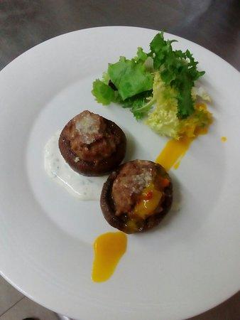 Xcaret Goikoa: Portobellos rellenos de carne y parmesano