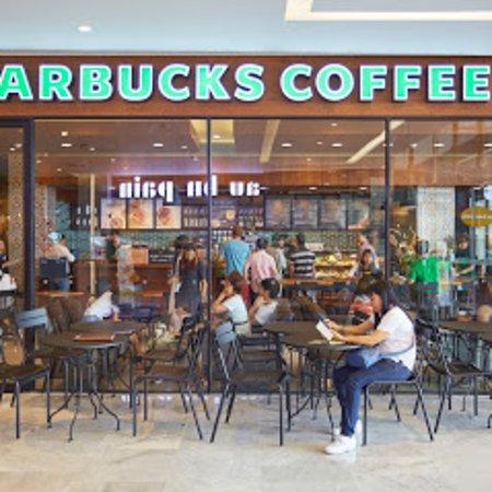 HARBOR PATTAYA: Starbuck's & AuBon Pain on G Fl.
