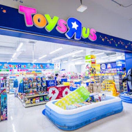HARBOR PATTAYA: Toys R Us on 3rd Fl.