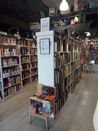 Re-read Libreria Lowcost