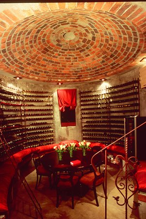 Tintswalo Safari Lodge: Wine Cellar - Romantic Dining