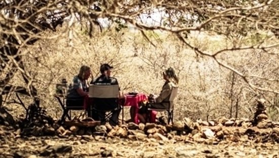 Isoitok Camp - Manyara: Bush lunches - take a moment in time to reflect and relax in our bush surroundings
