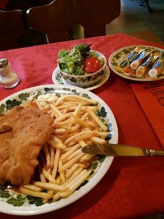 Rudesheim an der Nahe, Germany: Het eten was perfect, teveel voor 1 persoon. Bediening snel en vriendelijk.