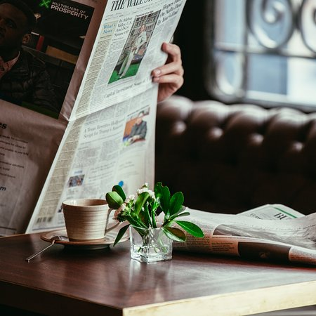 Georges Hotel Galata: Read the papers and drink your coffee at Georges, for the business traveller.