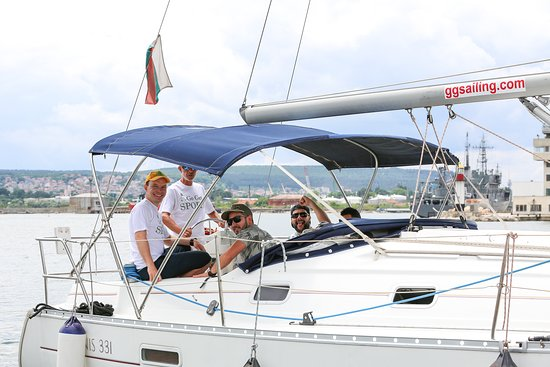 Good Captain by Go Get Sport: Discover sailing course for 2 hours