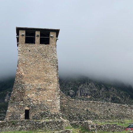 Kruja Castle: photo2.jpg