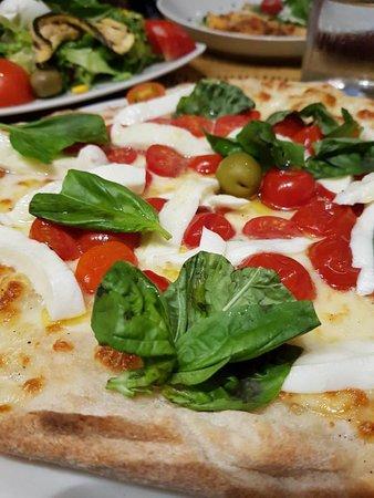 Cantina & Cucina: Pizza