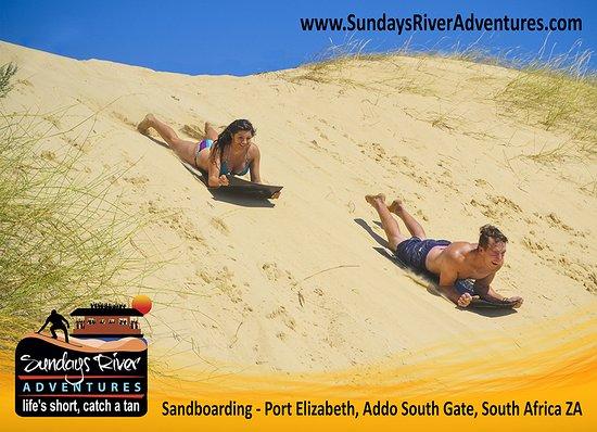 Colchester, Sør-Afrika: Sandboarding with Sundays River Adventures. Flat boards.