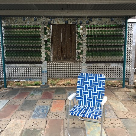Beer Can House: photo2.jpg
