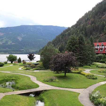 Three Valley Lake Chateau & Ghost Town: photo1.jpg