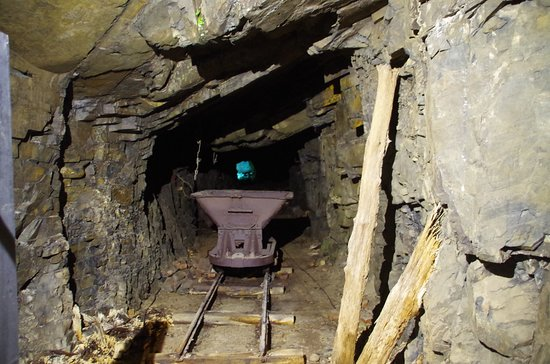 Jersey War Tunnels - German Underground Hospital: Tunnel 2