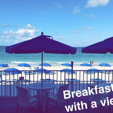 Mangos Restaurant & Tiki Bar: photo0.jpg