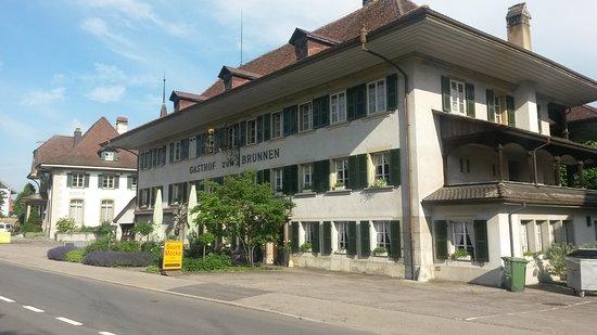 Fraubrunnen, Swiss: Auberge zum Brunnen