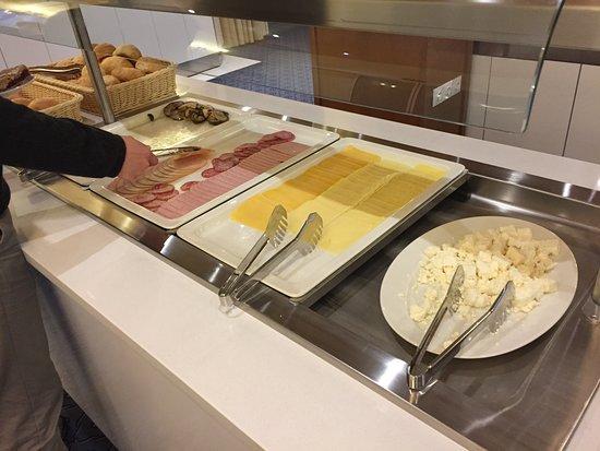 Jezero Hotel: 歐陸早餐