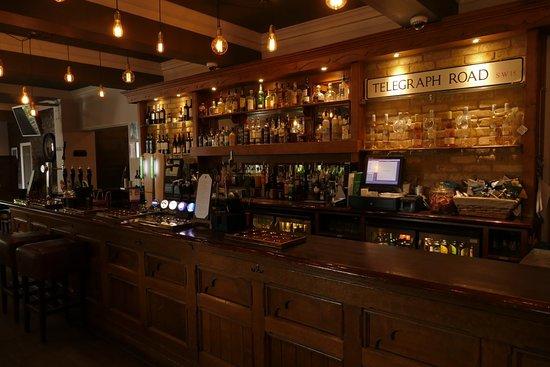 The Telegraph Pub: the bar at 'the telegraph'