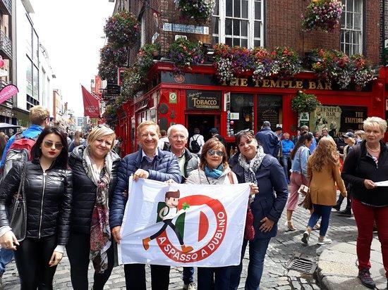 A Spasso Per Dublino: Al centro con Alessandra