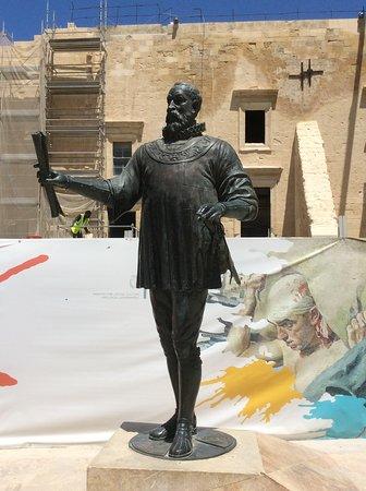 Monument to Jean de Valette