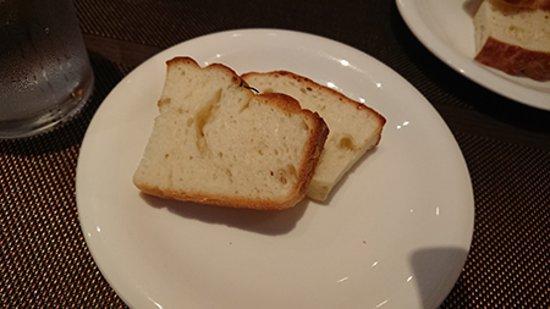 Prima Stella: あたためてあったパンです。
