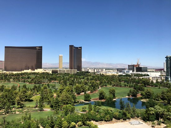 Renaissance Las Vegas Hotel: View from 1216